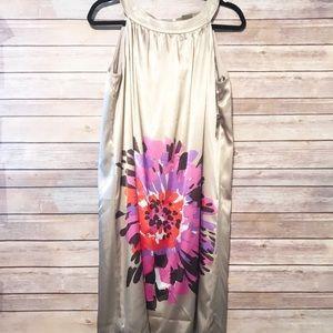 NWT Taylor Dress